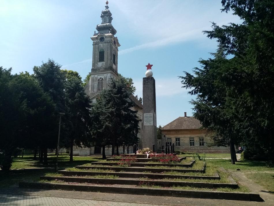 Spomenik palim borcima Narodnooslobodilačkog rata i žrtvama fašističkog terora u Vrbasu